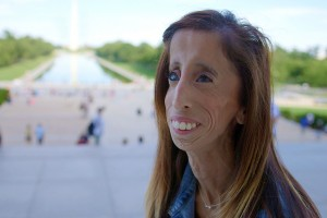 A Brave Heart - The Lizzie Velasquez Story