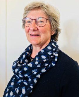 Bild på Caroline Åkerhielm, invald i styrelsen, på årsmötet 21 april 2018