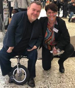 EU-parlamentarikern David Lega och sångerskan Karin Klingenstierna, Sällsynta dagen 2020, Göteborg